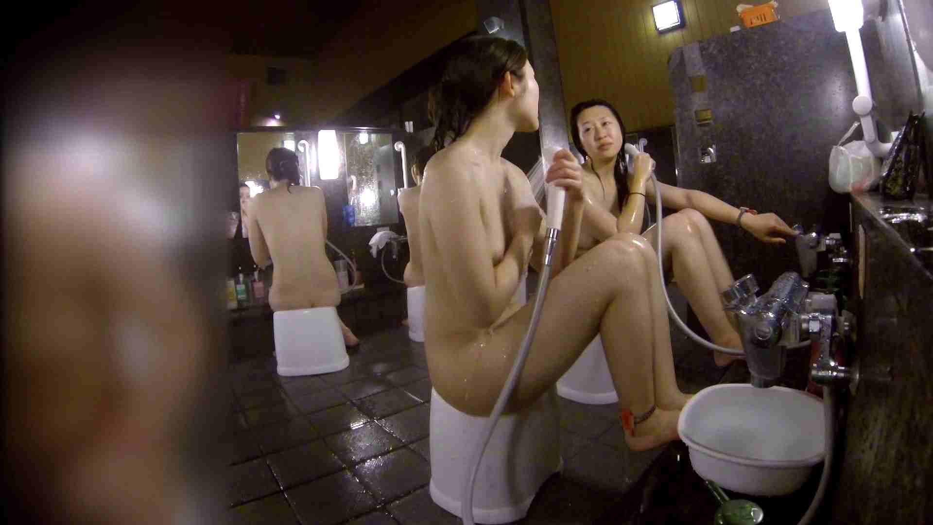 洗い場!地味目の女の子2人組。ずっと話しながら洗ってます。 ギャルズ おまんこ動画流出 55画像 50