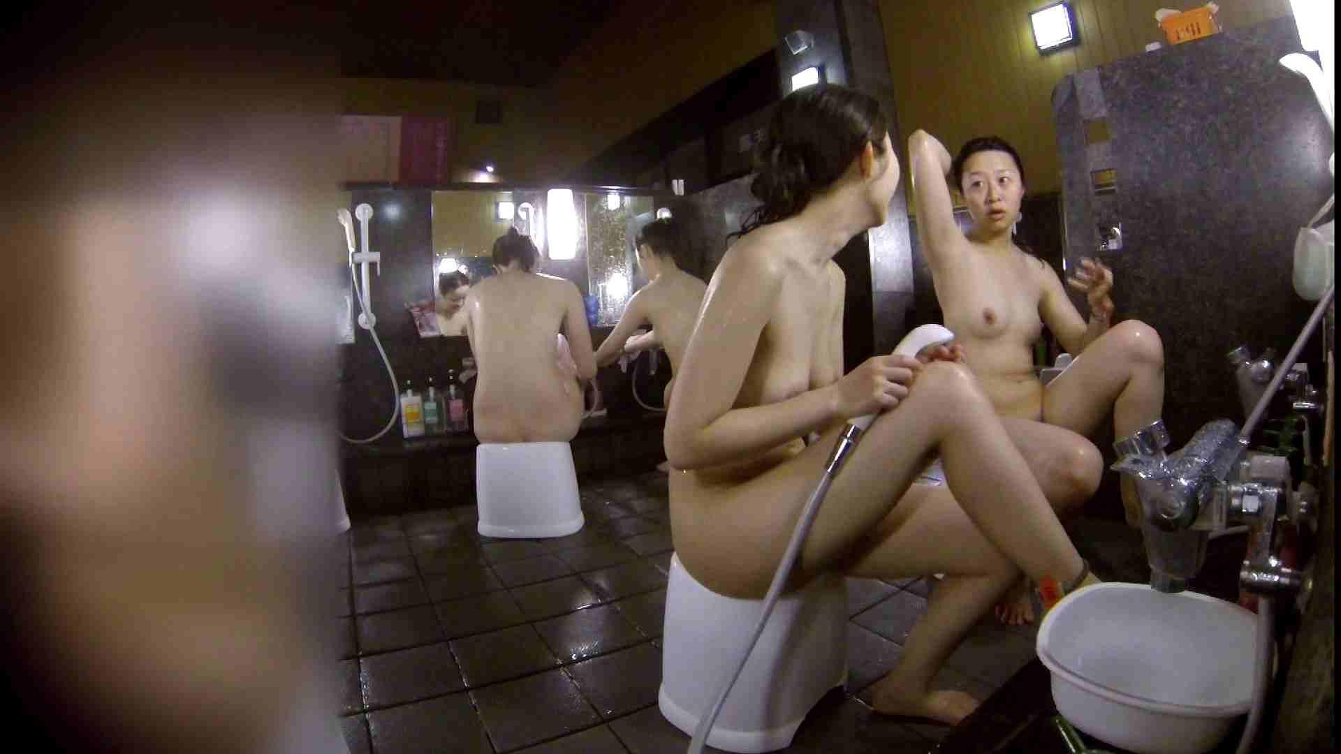 洗い場!地味目の女の子2人組。ずっと話しながら洗ってます。 潜入 オマンコ動画キャプチャ 55画像 53