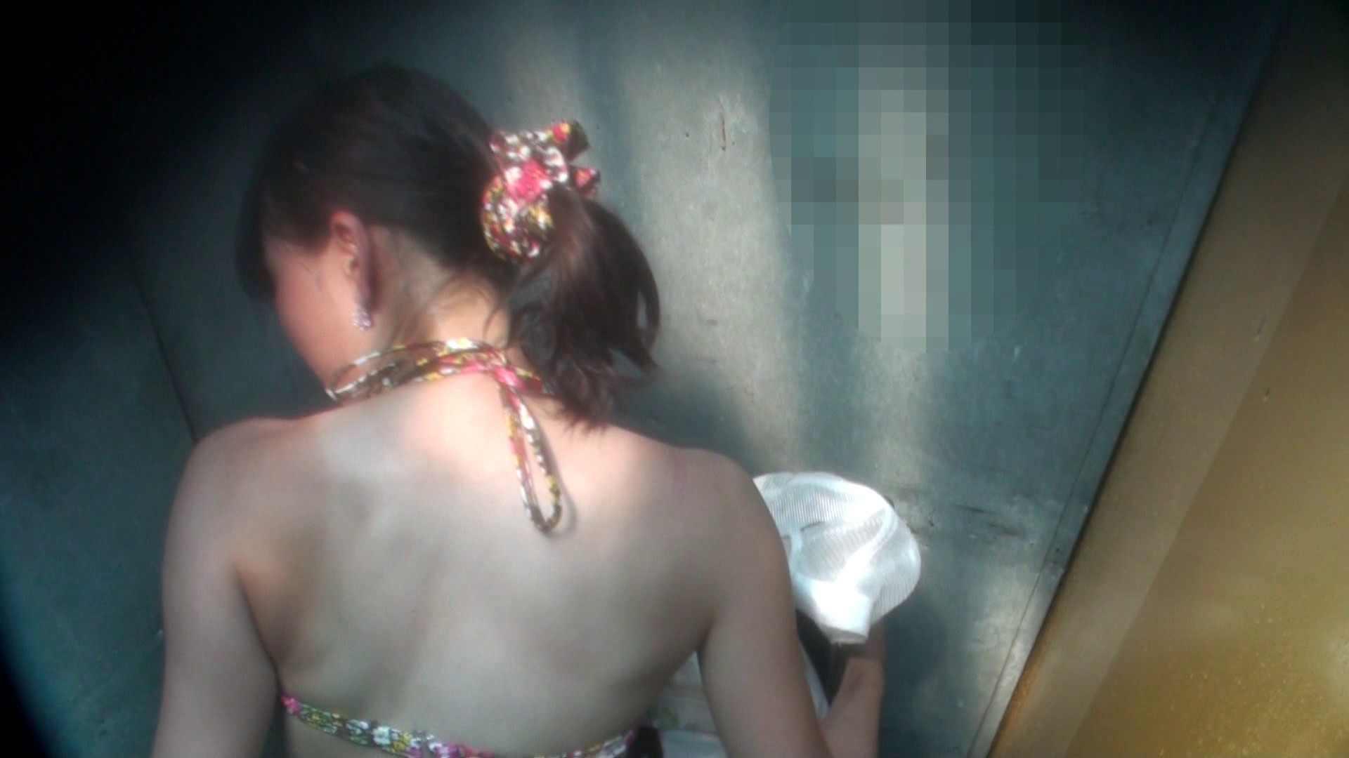 Vol.16 意外に乳首は年増のそれ シャワー室 おめこ無修正画像 25画像 12