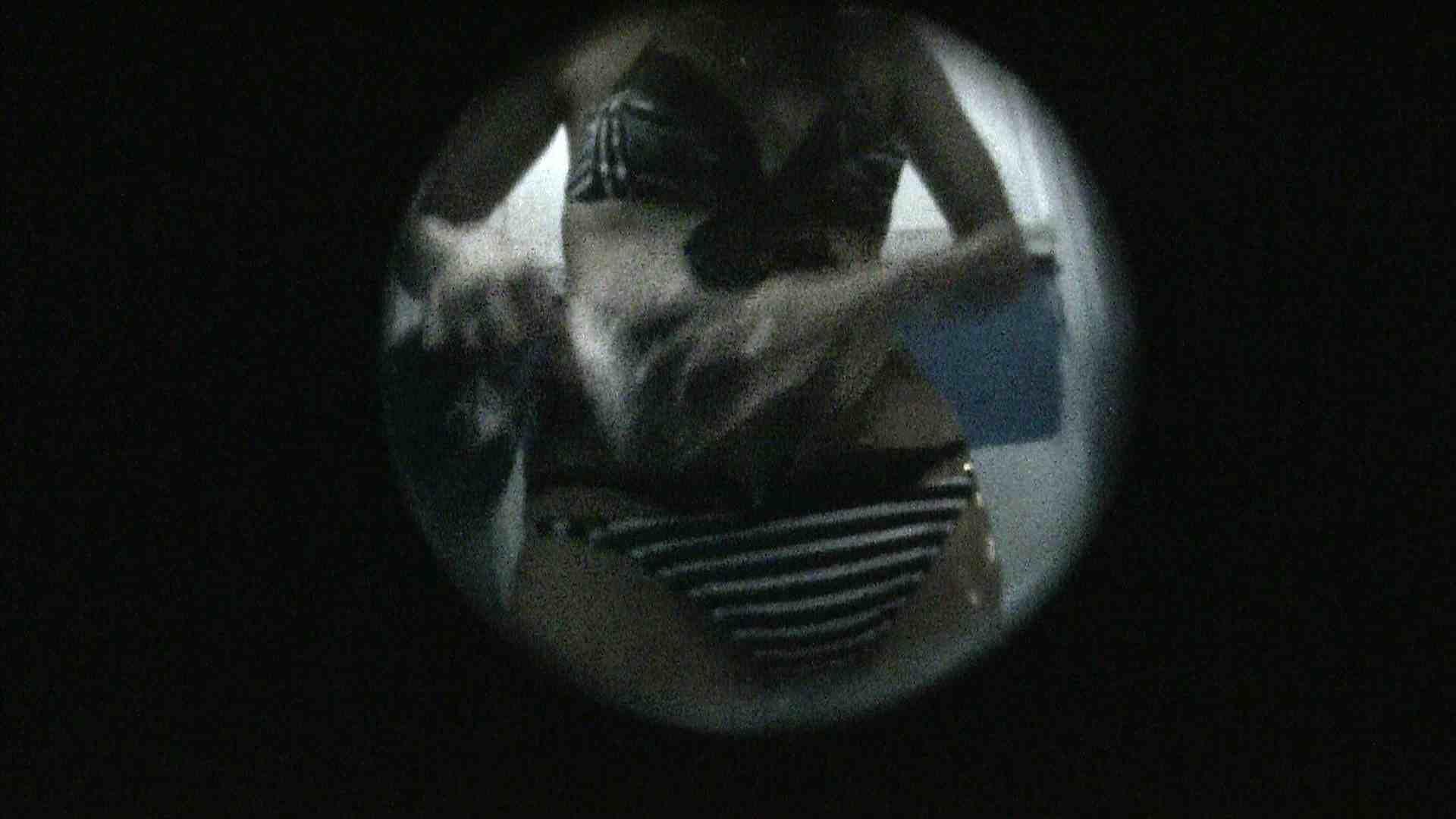 NO.13 暗いですが豪快な砂落としが好印象 シャワー室 ワレメ動画紹介 89画像 34