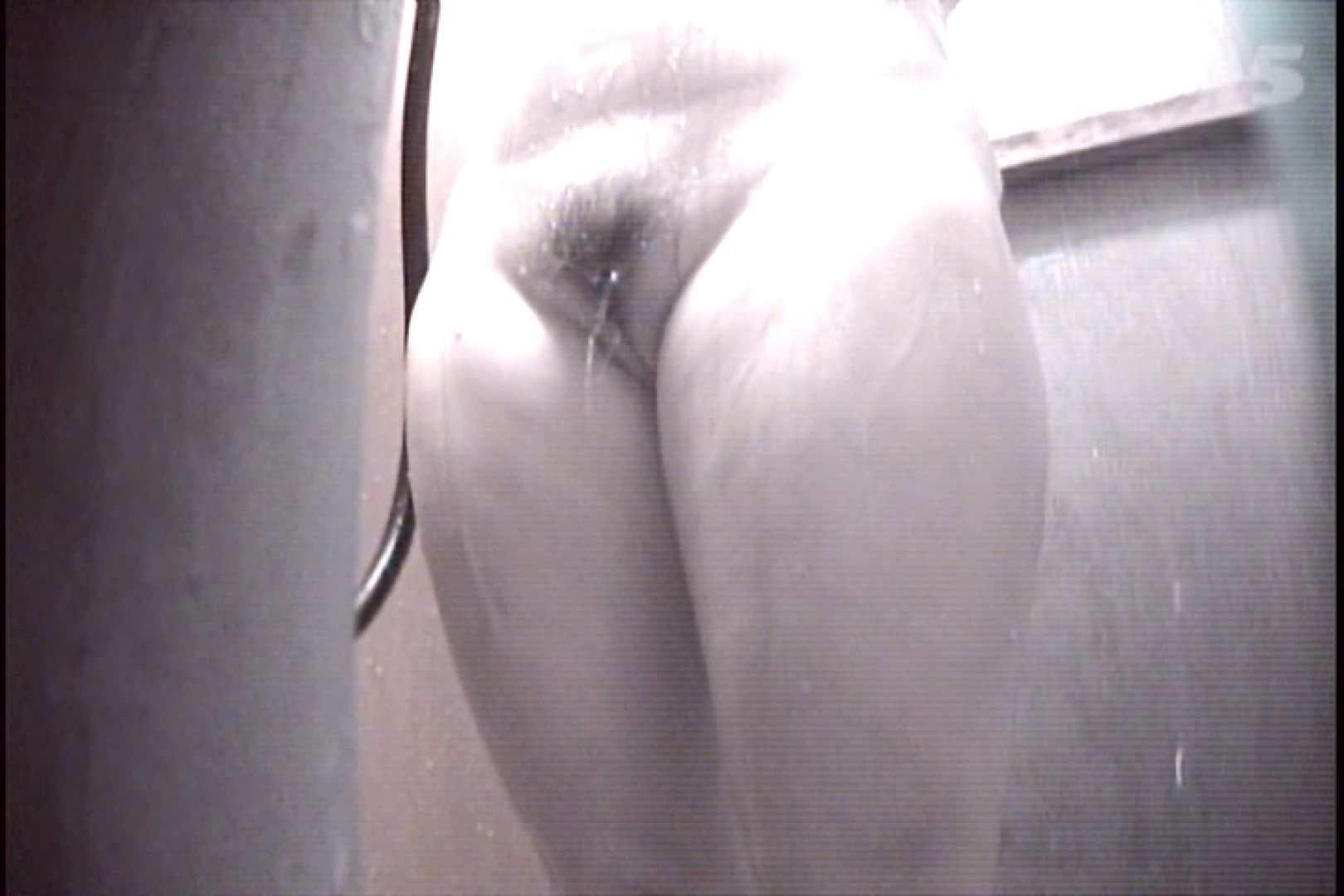 File.35 下からくっきりワレメちゃん確認! シャワー室 AV動画キャプチャ 39画像 29