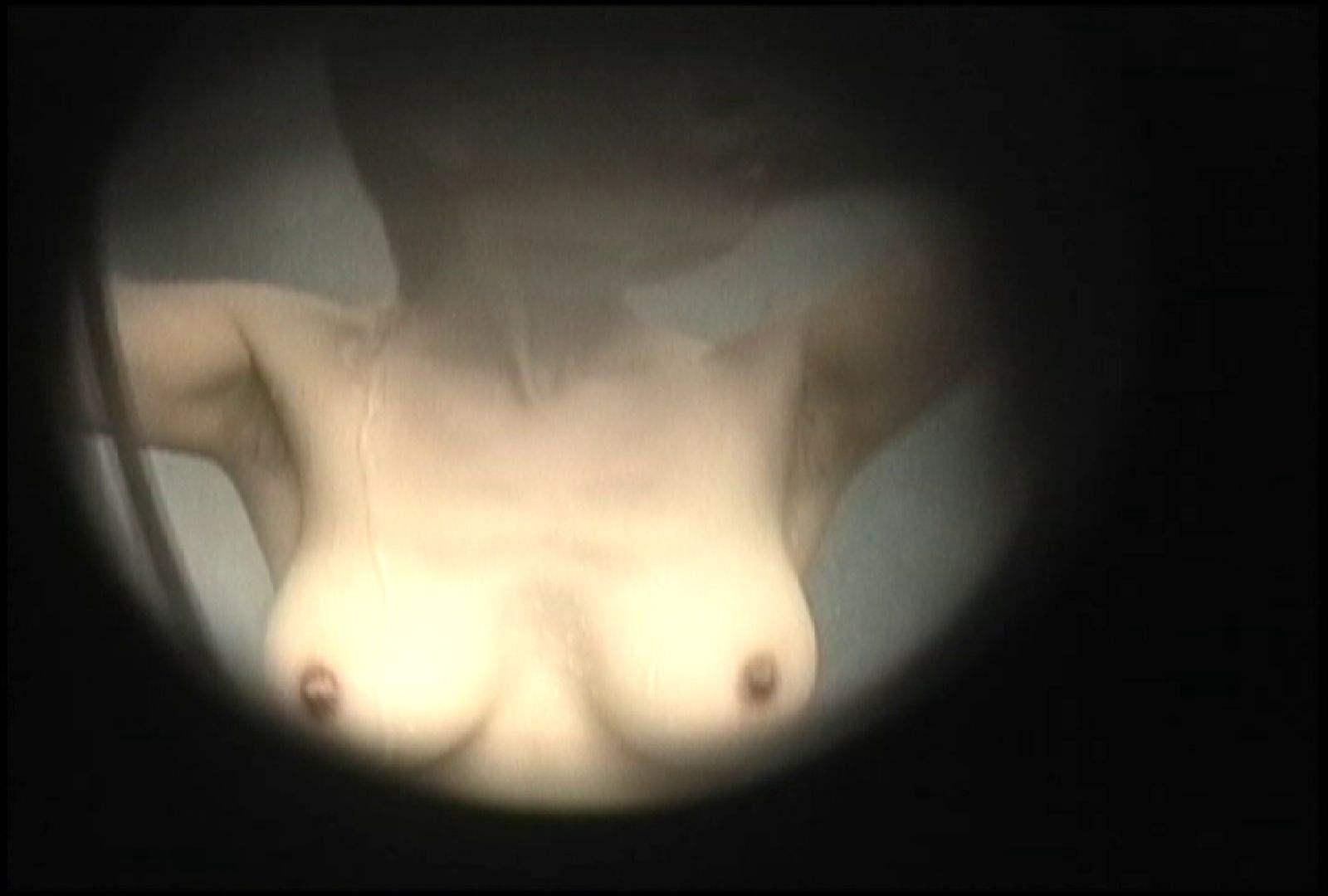 No.145 肩のタトゥーが切なさ誘うタレ巨乳おねえさま シャワー室 ワレメ動画紹介 30画像 17