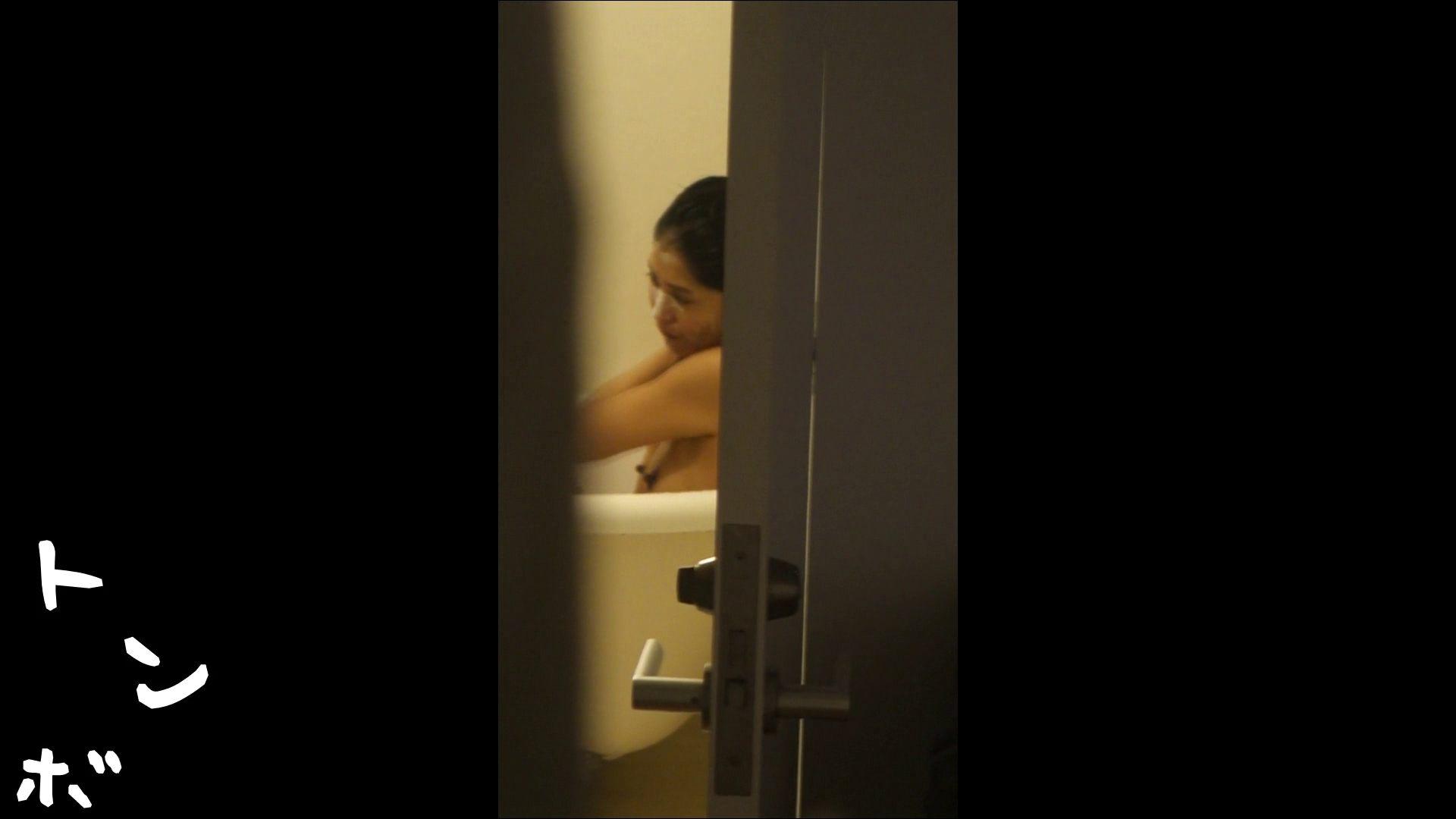 リアル盗撮 オナニー有り!現役モデルのシャワーシーン1 シャワー室 エロ画像 51画像 43