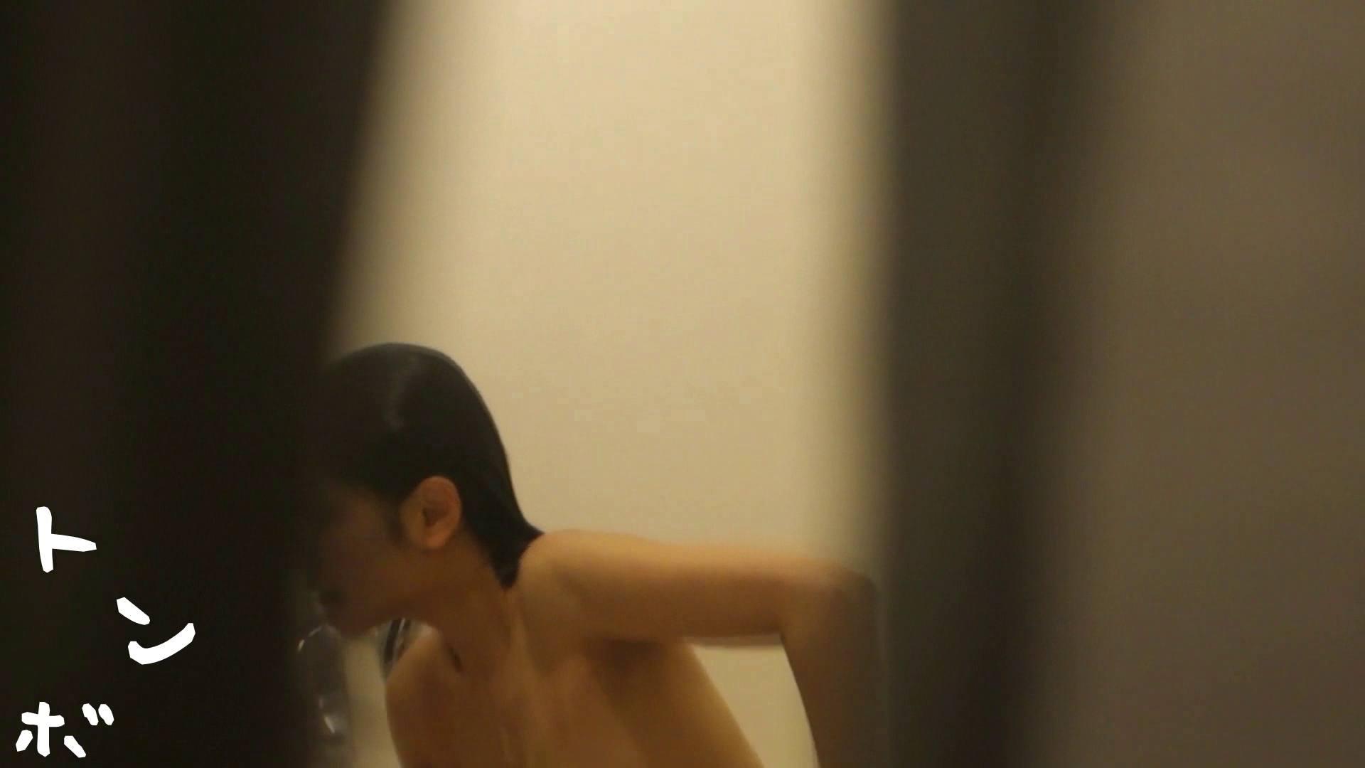 リアル盗撮 現役モデルのシャワーシーン2 美肌 アダルト動画キャプチャ 23画像 20