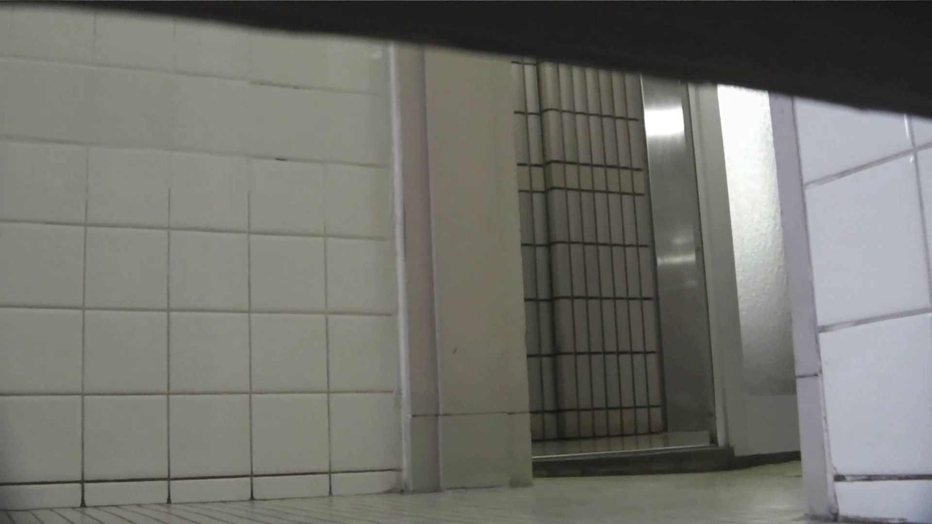【美しき個室な世界】 vol.025 メガネ属性ヾ(´∀`)ノ 洗面所シーン | 高評価  63画像 40